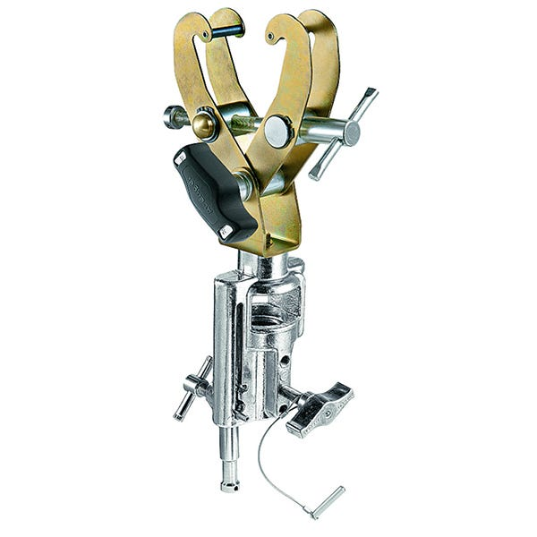 Avenger Grab Clamp With Universal Head