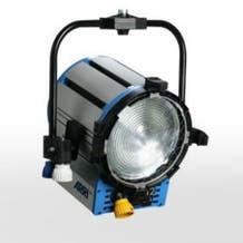 "Arri 552200 10"" 2000W True Blue ST2 Studio Fresnel Light - Stand Mount"